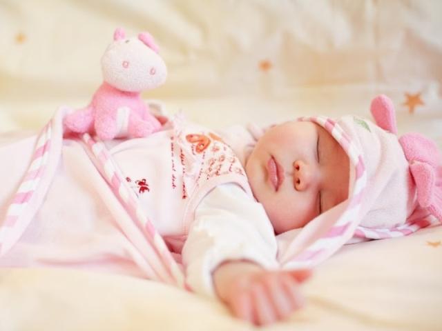 Cách chọn khăn sữa, khăn xô cho bé yêu