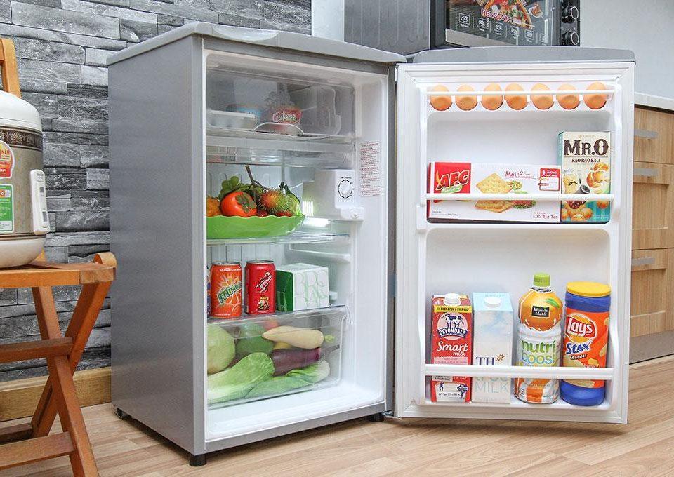 Tủ lạnh chính hãng Aqua AQR-95AR SS