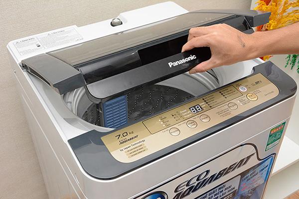 Làm sao để xả nước trong máy giặt?