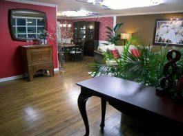 Cách phối màu cho trần nhà ở huyền quan và phòng khách