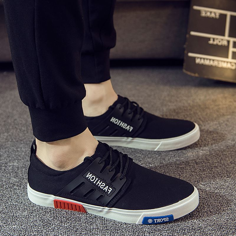 Tốt nhất bạn nên thử thật kỹ trước khi chọn mua một đôi giày thể thao