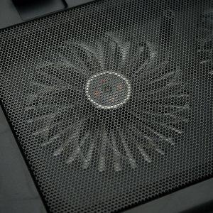 Đế tản nhiệt Wincom A8 giúp tăng tuổi thọ pin cho máy