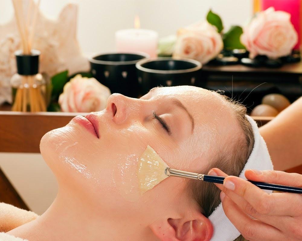 Hỗn hợp mặt nạ chăm sóc da từ thiên nhiên