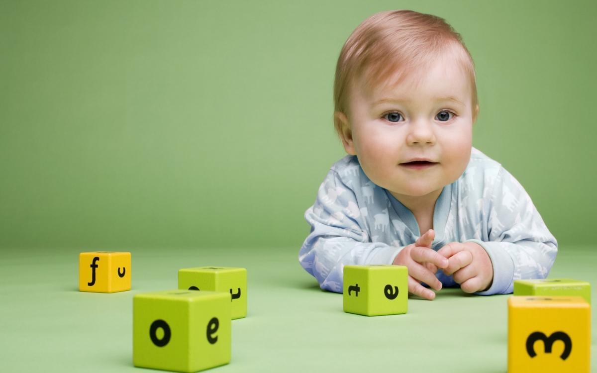 Lợi ích toàn diện của đồ chơi giáo dục với trẻ nhỏ