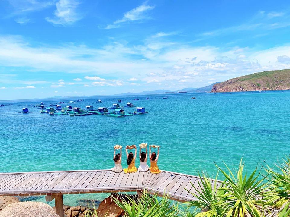 Ấn tượng với vẻ đẹp đảo Hòn Khô