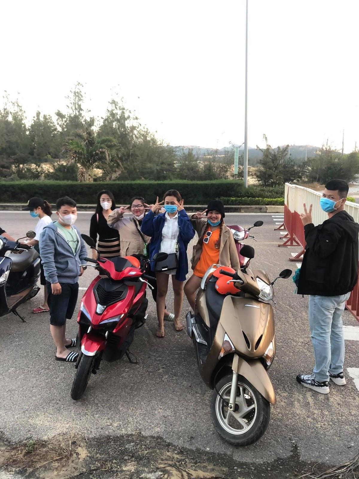Khách hàng hài lòng với dịch vụ cho thuê xe FLC Quy Nhơn Thanh Danh